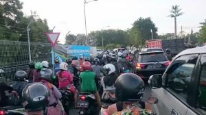 Traffic in Kuta